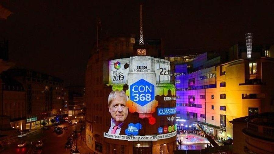 Đảng của Thủ tướng Anh dự kiến thắng lớn