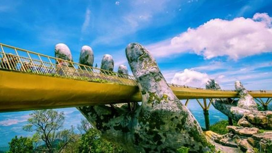 Chiêm ngưỡng 3 cây cầu du lịch đi bộ nổi tiếng
