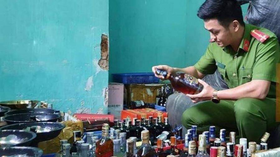 Đà Nẵng: Hộp đêm trữ rượu ngoại, thuốc lá, shisha lậu số lượng khủng
