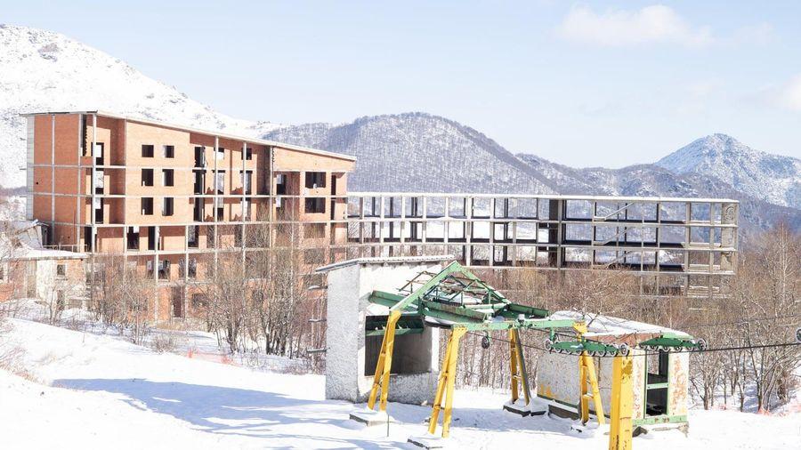 Khu trượt tuyết trên dãy Alps biến thành 'làng ma' vì biến đổi khí hậu