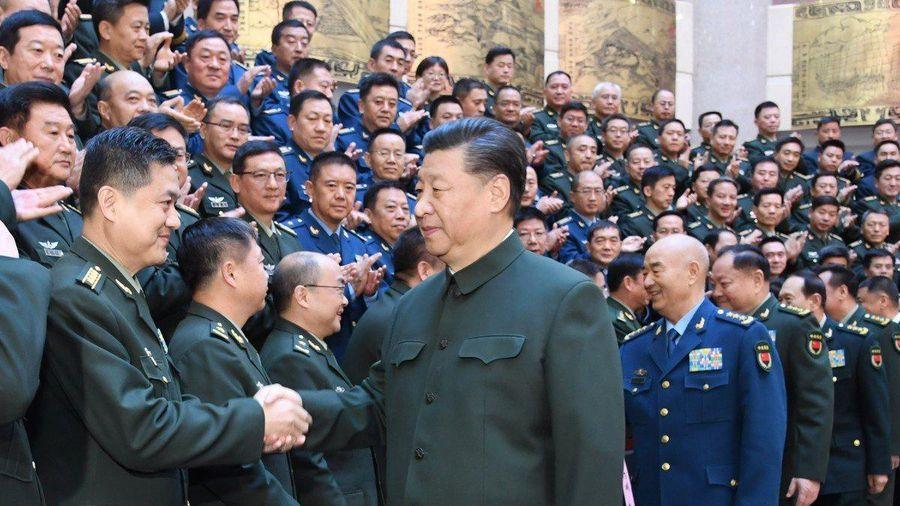 Chủ tịch Tập Cận Bình thăng hàm cho 170 sĩ quan quân đội Trung Quốc