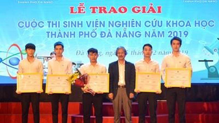 Trao giải Cuộc thi Sinh viên nghiên cứu khoa học TP Đà Nẵng năm 2019