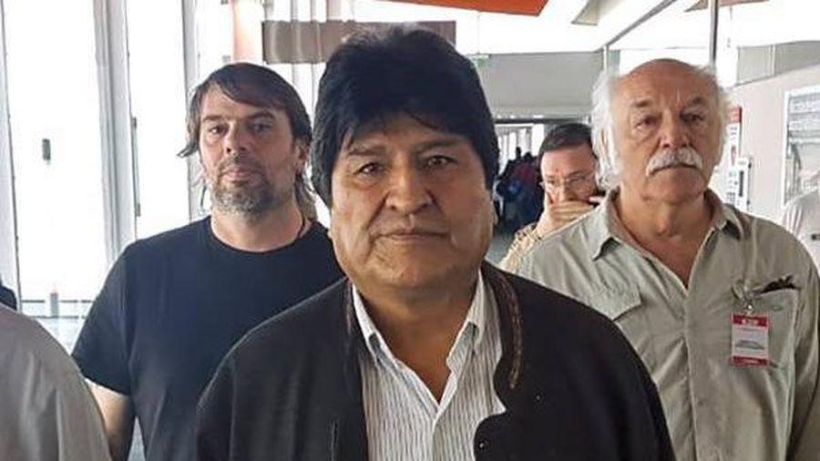 Bolivia sắp phát lệnh bắt Morales