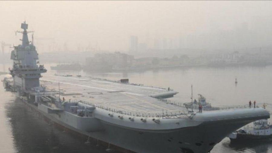Cận cảnh tàu sân bay tự chế đầu tiên của Trung Quốc