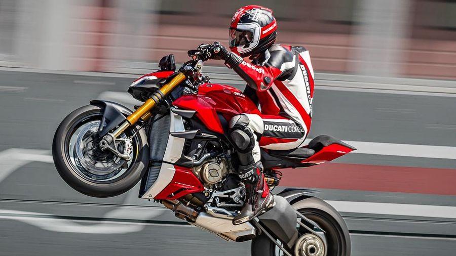 Ducati Streetfighter V2 chuẩn bị ra mắt