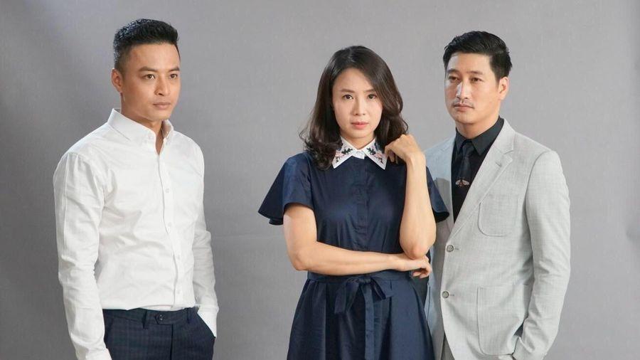 Bảo, Thái hay Khang mặc đẹp hơn trong 'Hoa hồng trên ngực trái'?