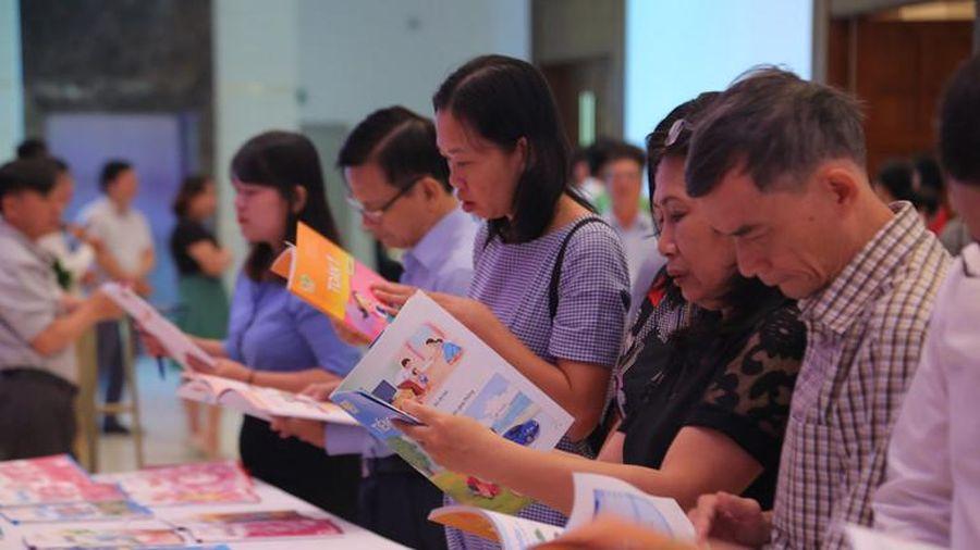 TP Hồ Chí Minh: Sở Giáo dục phải làm việc với Nhà xuất bản Giáo dục Việt Nam về vụ nhận tiền thù lao