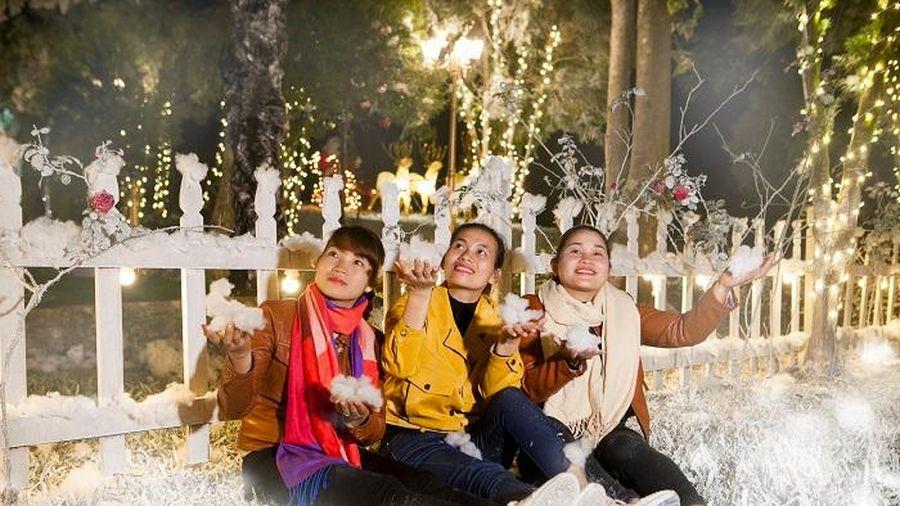 Đêm Giáng sinh đậm chất châu Âu tại Ba Vì (Hà Nội)