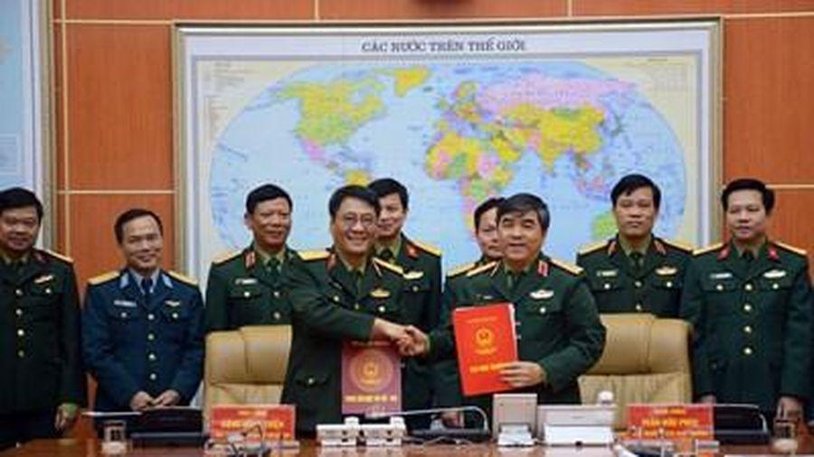 Cục Nhà trường và Trung tâm Nhiệt đới Việt - Nga phối hợp nâng cao chất lượng đào tạo, bồi dưỡng tiếng Nga