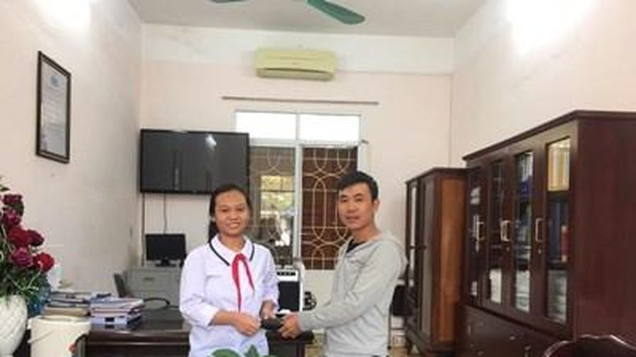 Em Nguyễn Thanh Hằng không tham của rơi