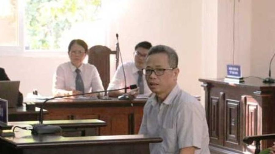 Xử vụ cựu Bí thư thị xã Bến Cát: Nghị án kéo dài, Ủy ban Kiểm tra TƯ vào cuộc