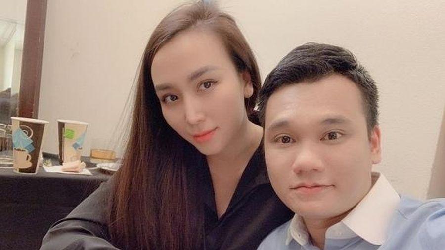 Khắc Việt bức xúc vì vợ bị đồn có clip 'nóng'