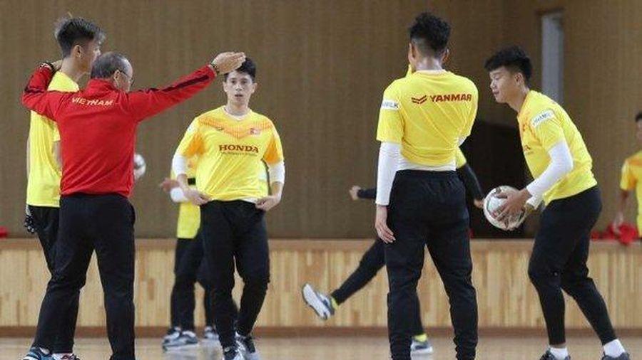 U23 Việt Nam cùng thầy Park sáng rỡ trên đài Hàn Quốc
