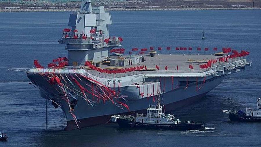 Tàu sân bay TQ tập trung hoạt động ở Biển Đông, 'không ngại' va chạm tàu nước ngoài