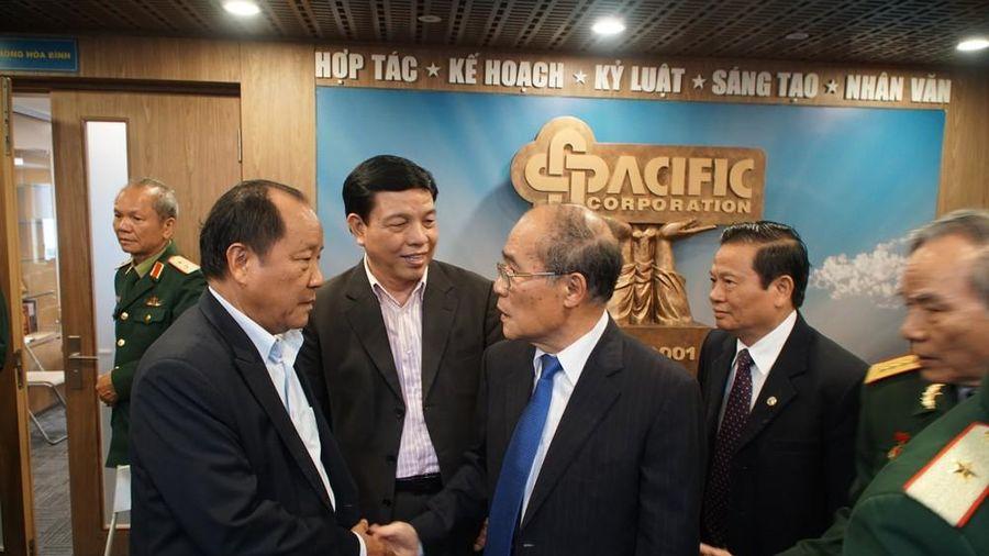 Gặp mặt các tướng lĩnh, anh hùng lực lượng vũ trang, anh hùng lao động quê Nghệ An tại Hà Nội