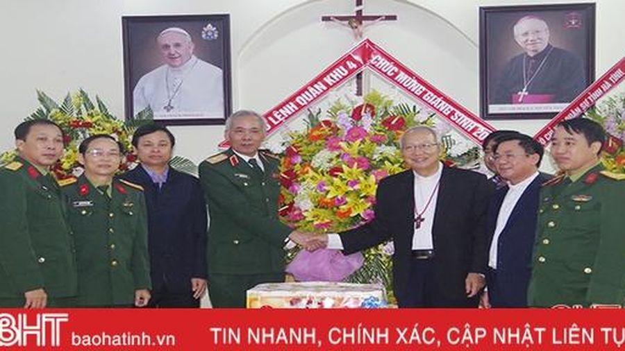 Bộ Tư lệnh Quân khu 4 chúc mừng Giáng sinh Giáo phận Hà Tĩnh
