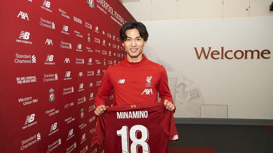 Chân sút Takumi Minamino chính thức gia nhập Liverpool