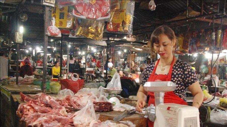 Đảm bảo nguồn cung thịt lợn với giá hợp lý