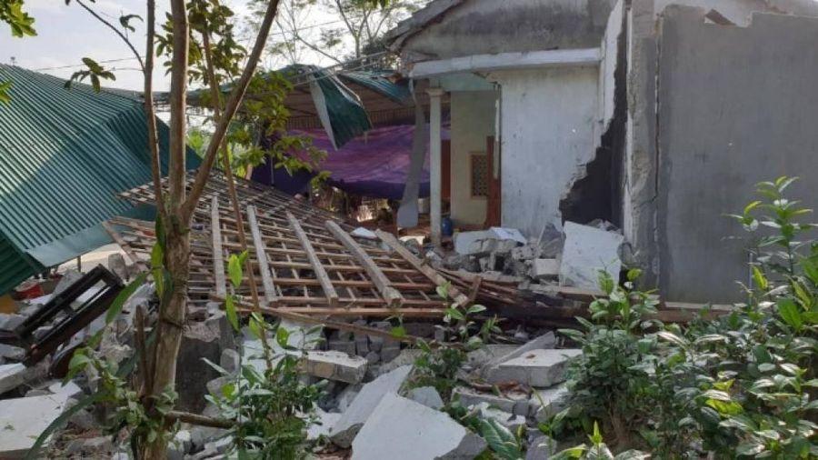 Nổ sập nhà ở Nghệ An: Thêm con trai tử vong, con dâu sẩy thai