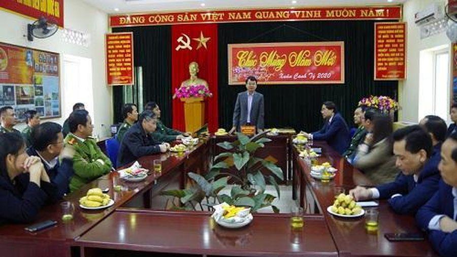 Chủ tịch UBND tỉnh Lào Cai thăm chúc tết các đồn biên phòng
