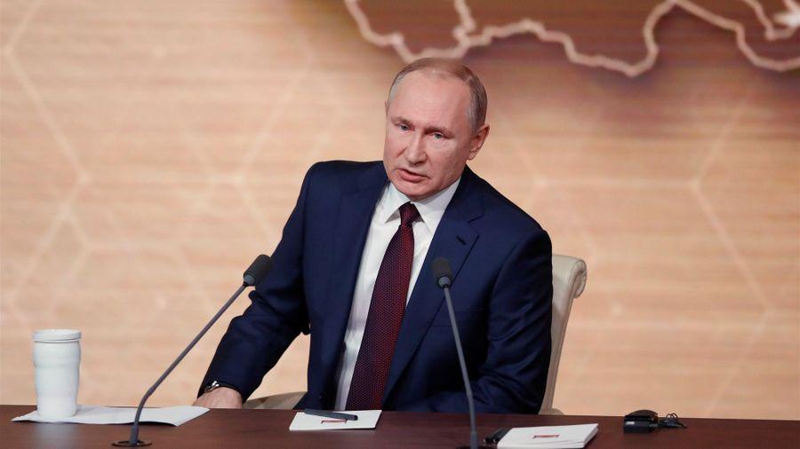 Putin: Luận tội Tổng thống Mỹ Trump là 'đấu đá chính trị nội bộ'