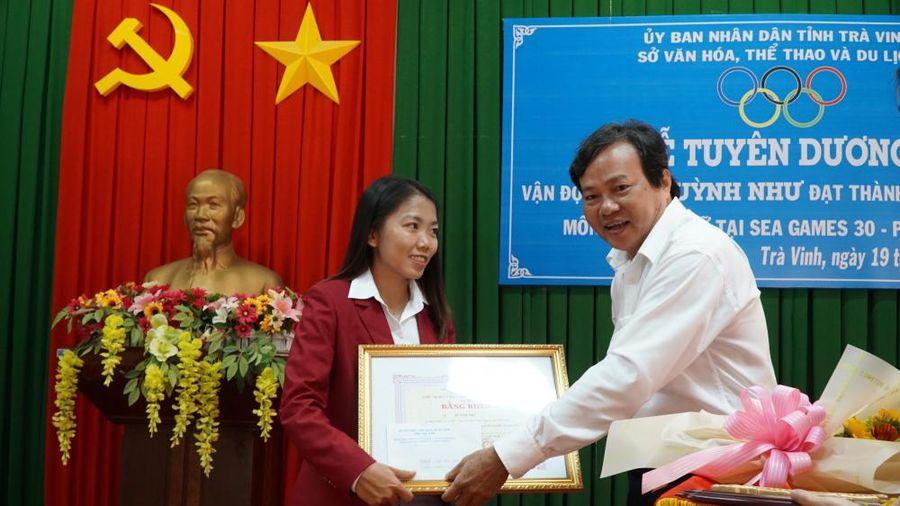 Trà Vinh tuyên dương nữ tuyển thủ Huỳnh Như