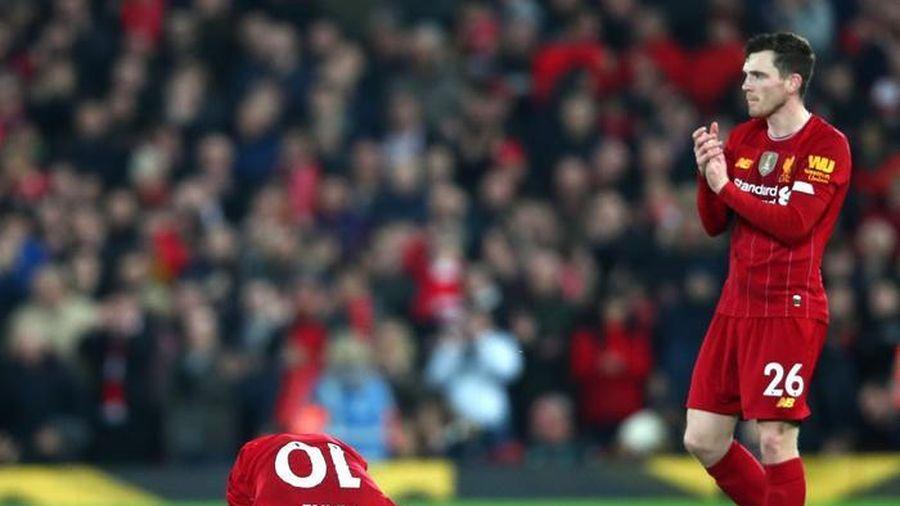 Nhờ VAR 'cứu nguy', Liverpool tiếp tục chễm chệ trên ngôi đầu bảng xếp hạng