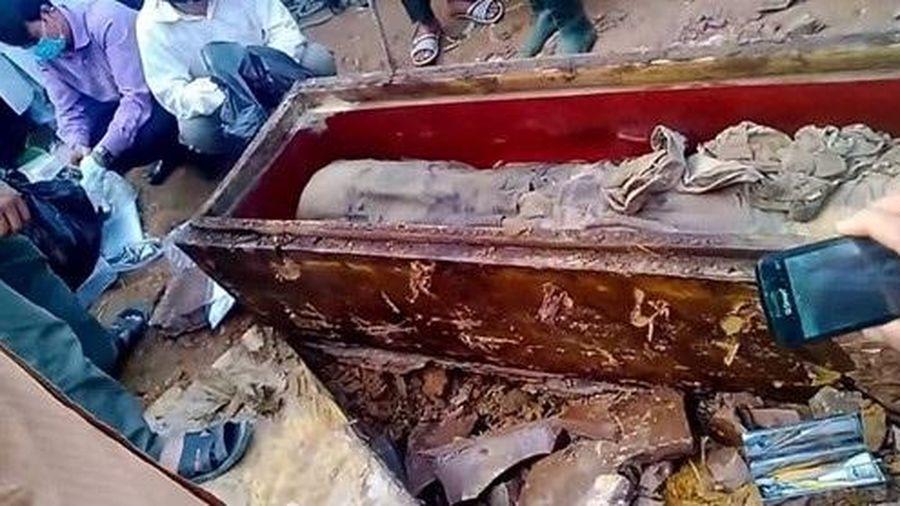 Sự thật dân khai quật mộ, tự xưng danh Trạng Trình