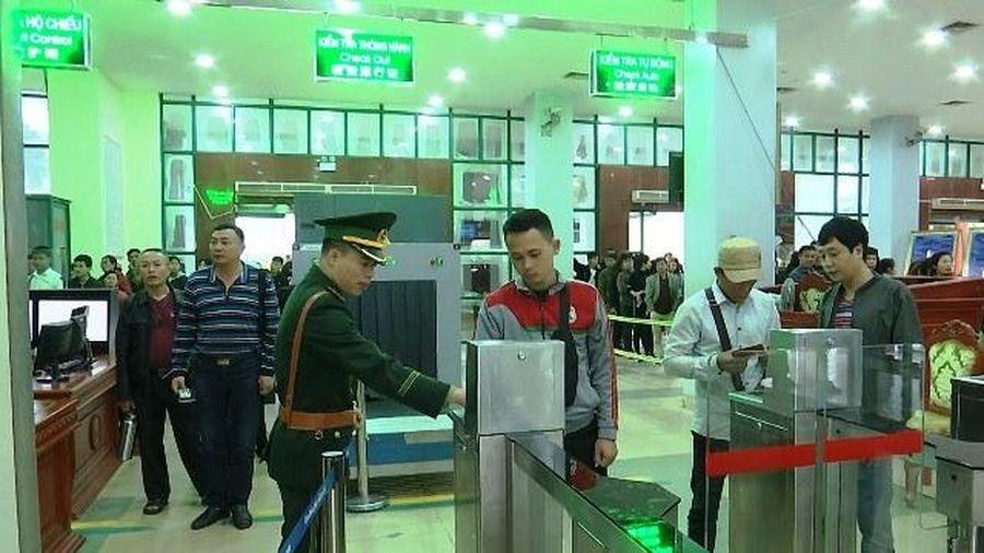 Kiểm soát xuất, nhập cảnh tự động ở Cửa khẩu quốc tế Lào Cai