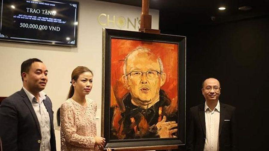 Bán đấu giá tranh vẽ HLV Park Hang Seo thu về 500 triệu đồng từ thiện