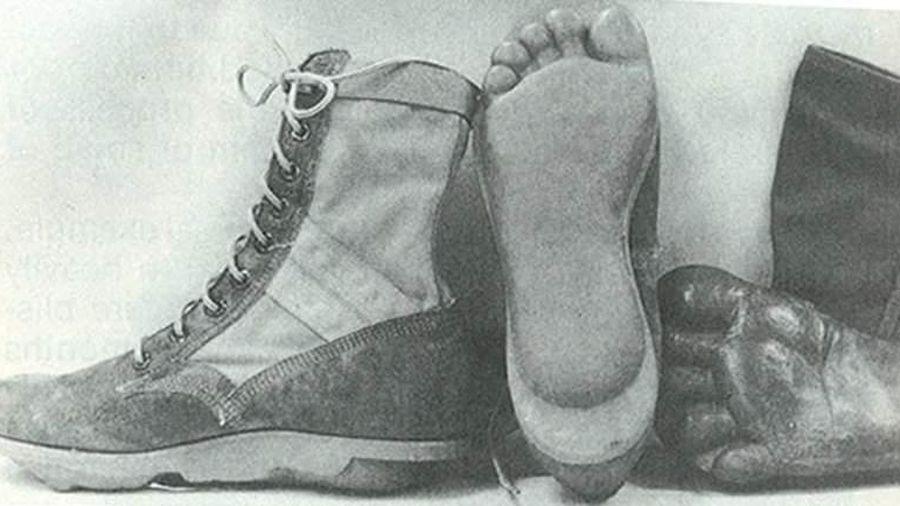 Kế sách giả dạng dấu chân của lính Mỹ khi vào rừng Trường Sơn