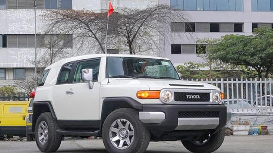 Cận cảnh Toyota FJ Cruiser 2020 khoảng 3,8 tỷ tại Hà thành