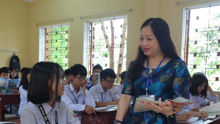 Giao lưu trực tuyến: Phát triển Chương trình nhà trường đáp ứng yêu cầu đổi mới GD