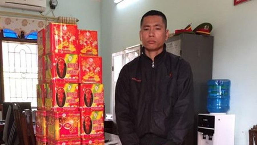Bắc Giang: Bắt đối tượng vận chuyển 52 kg pháo nổ