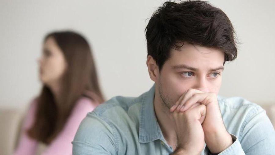 Vợ ẩn ý chê chồng 'giao ban yếu' nên nhồi cho đủ món 'ông ăn bà... hài lòng'