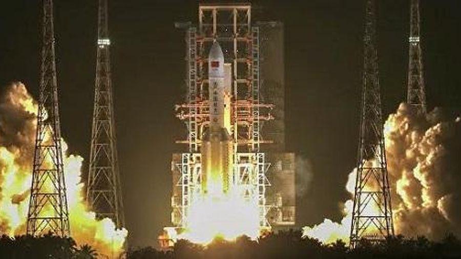 Trung Quốc phóng thành công tên lửa Changzheng-5
