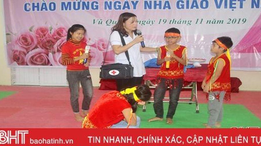 Học sinh Vũ Quang hào hứng với các hoạt động ngoại khóa