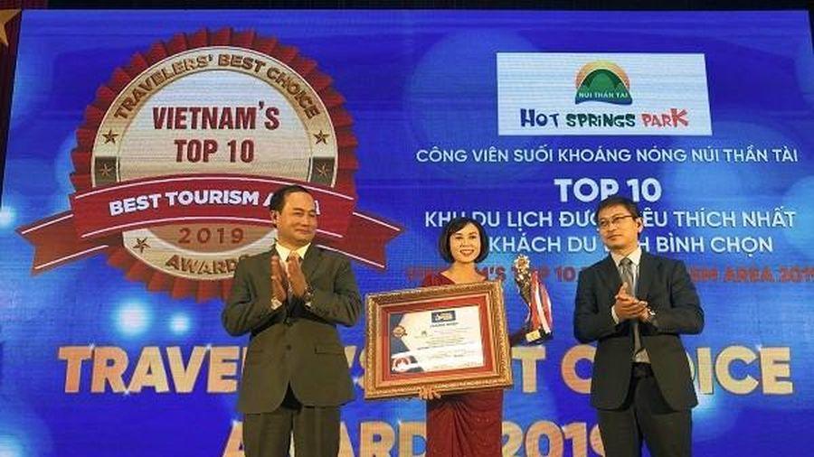 Khu du lịch Núi Thần Tài nằm trong top 10 điểm đến được yêu thích nhất
