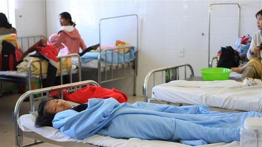 Lâm Đồng: Hơn 90 trẻ em nhập viện nghi bị ngộ độc thực phẩm