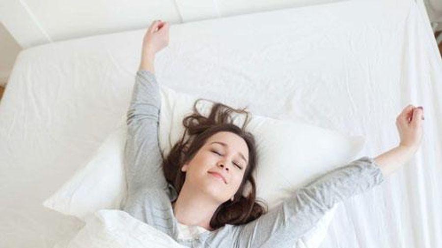 CLIP: 20 'bí kíp' giúp bạn chìm vào giấc ngủ nhanh chóng