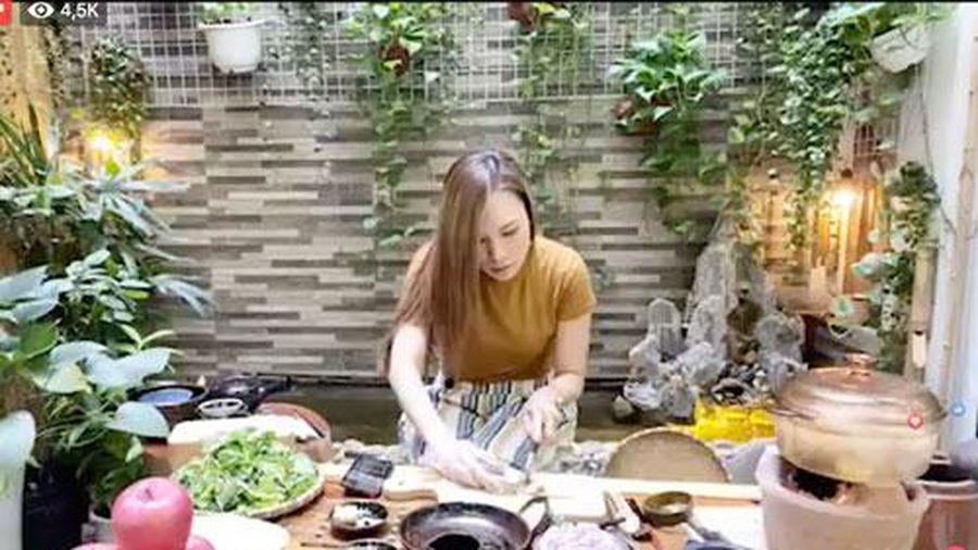 Livestream vừa nấu ăn vừa hát, Mỹ Tâm gây bão luôn và còn được gọi là 'bà Tâm Vlog'
