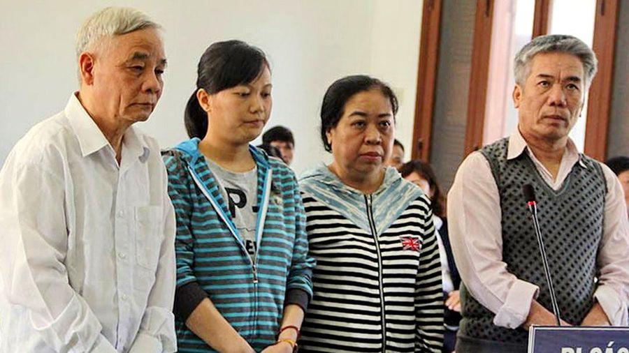 Cựu Chánh án tỉnh Phú Yên cùng ba đồng phạm lãnh án hơn 50 năm tù