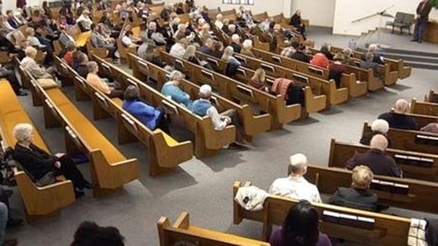 Xả súng trong nhà thờ, nghi phạm bị bắn chết tại chỗ