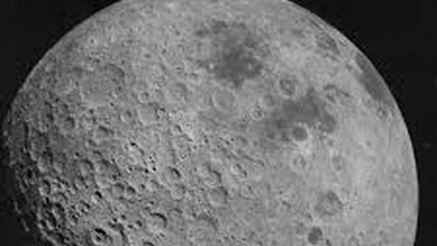 Những hình ảnh đáng kinh ngạc về mảng tối hiếm thấy của Mặt trăng