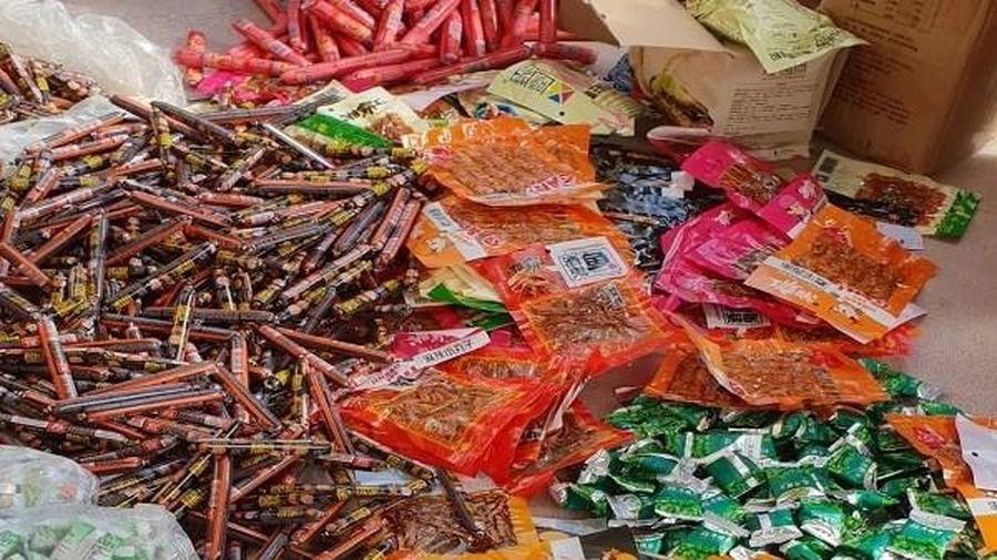 Hơn 7.000 sản phẩm thực phẩm bẩn Trung Quốc tuồn vào Việt Nam