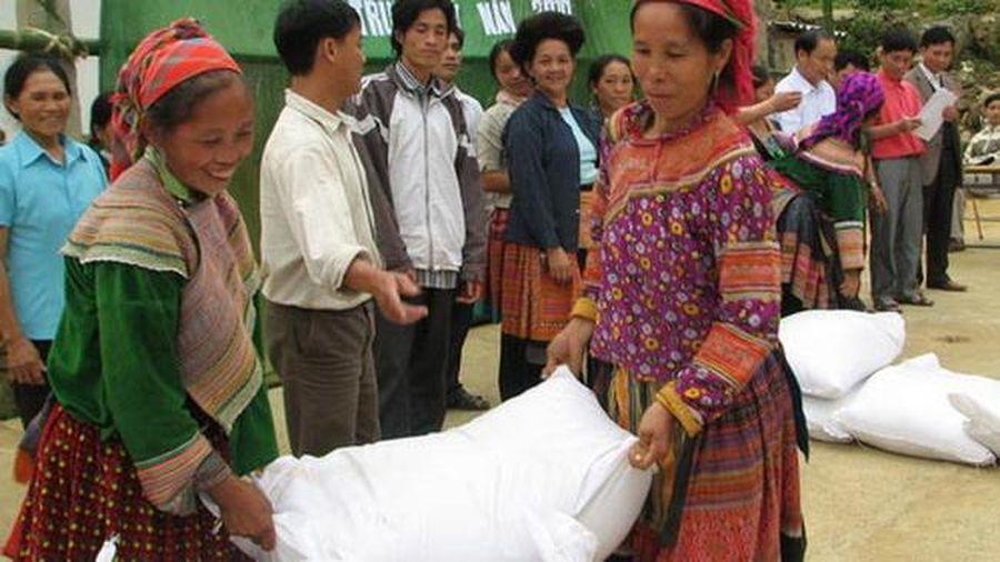 Hỗ trợ gạo cho tỉnh Hà Giang
