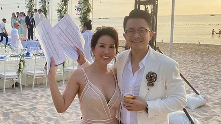 Thu Hoài ký hợp đồng hôn nhân với bạn trai, ai bỏ trước phạt 46 tỷ