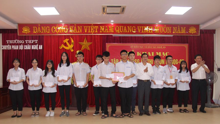 Nghệ An giành 13 giải Nhất kỳ thi chọn HSG quốc gia