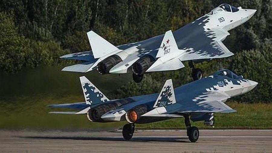 Tại sao 'thần điểu' F-35 chỉ có thể quay đầu khi đối mặt 'tội phạm' Su-57?
