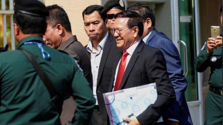 Campuchia bắt đầu xét xử nhà lãnh đạo phe đối lập về tội phản quốc